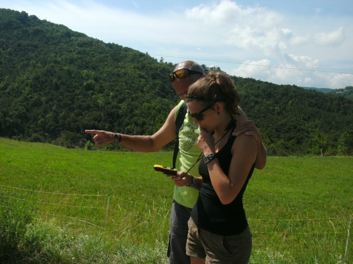 Chasse au trésor geocaching : un jeu de rando-découverte pour toute la famille